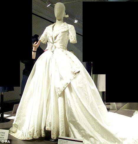 The Wedding dress - Queen Rania of Jordan _