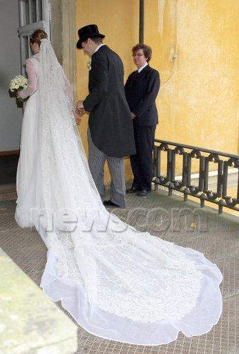 The  Wedding Dress - Princess  Sophie of Isenburg and Budingen