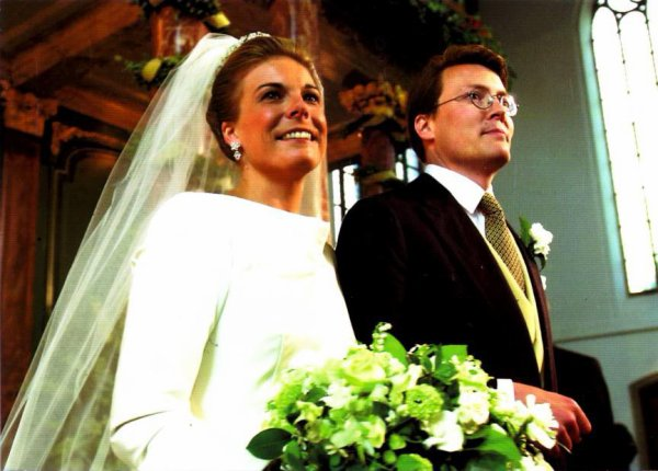 The Wedding Dress -  Laurentien Brinkhorst _ Princess of  the Netherlands