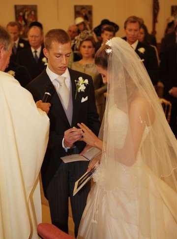 Wedding Dress - Tessy Antony _ Princess of Luxembourg
