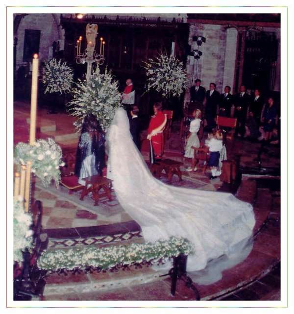 The Wedding Dress - Infanta Simoneta Gomez - Acebo & Bourbon _