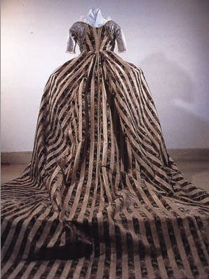 Dress of the Revolution, Empire, & Romantic Cycle