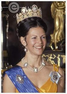 Queen Silvia of  Sweden - Tiara Hair