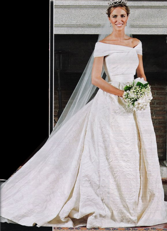 The Wedding Dress - Laura Vecino _ Duchess of Feria     (2010 )