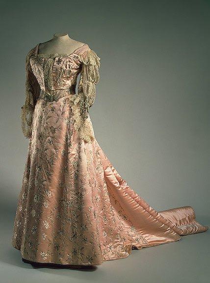 History Dress -  Tsaritsa Alexandra Feodorovna