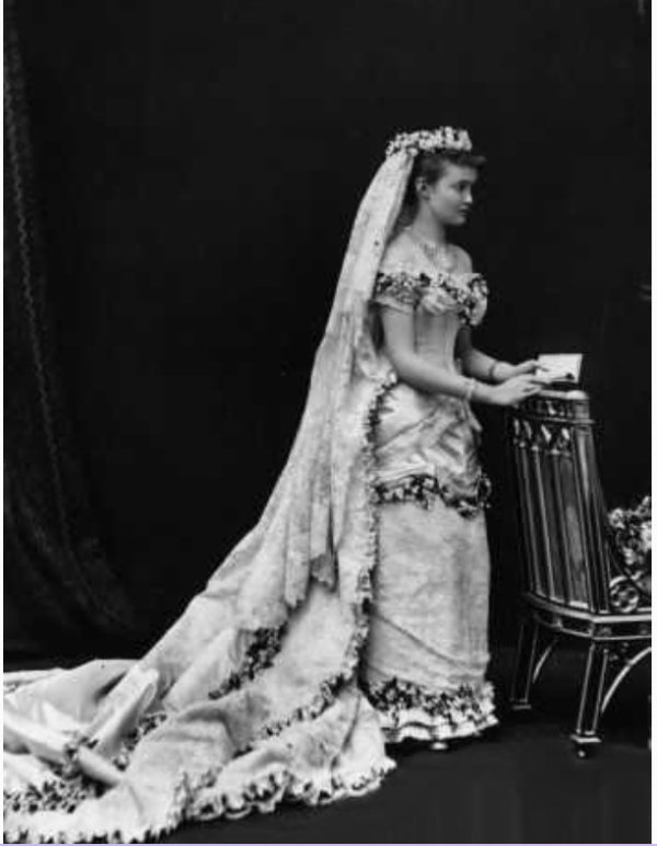 History Wedding  Dress - Louise Margaret of Prussia   ( Connaught 1879 )
