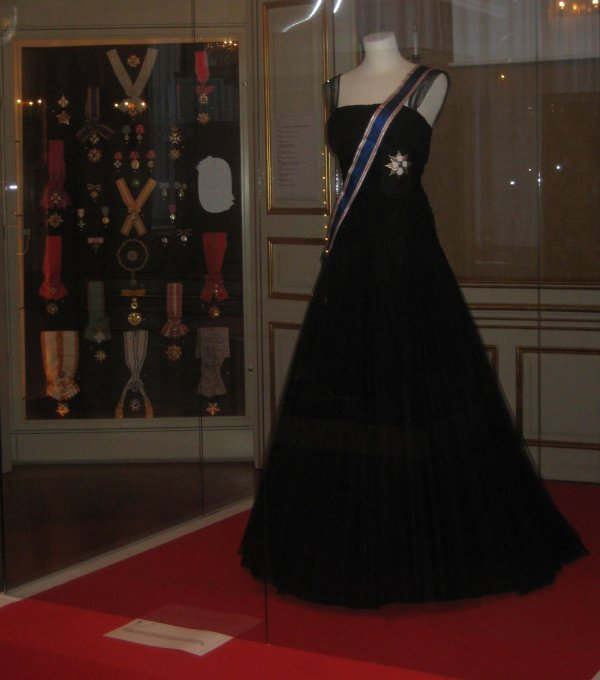 The Style Dress & Accessoires - Queen Ingrid of Denmark _