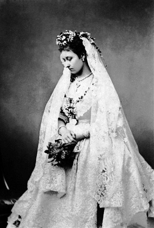 History Wedding Dress  _ & _ Fashion Dress Portrait  - Princess Louise, Duchess of Argyll