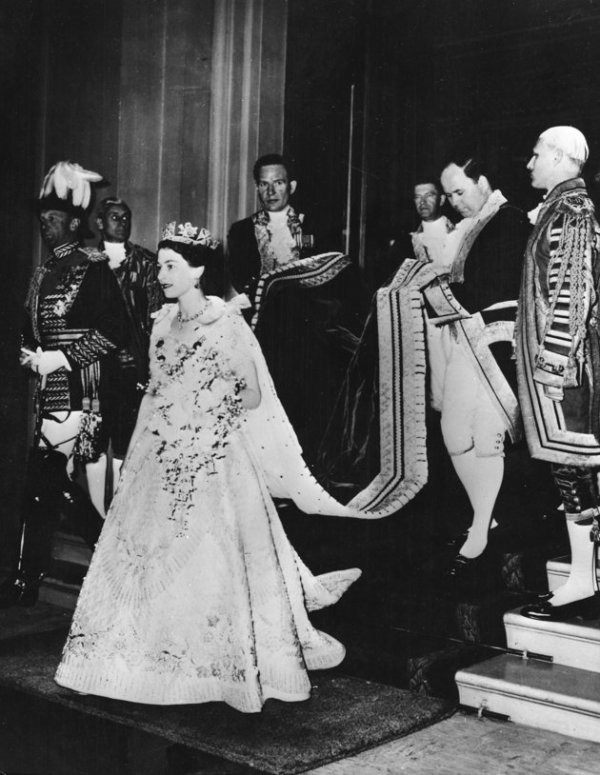 The Queen 's Coronation Gown