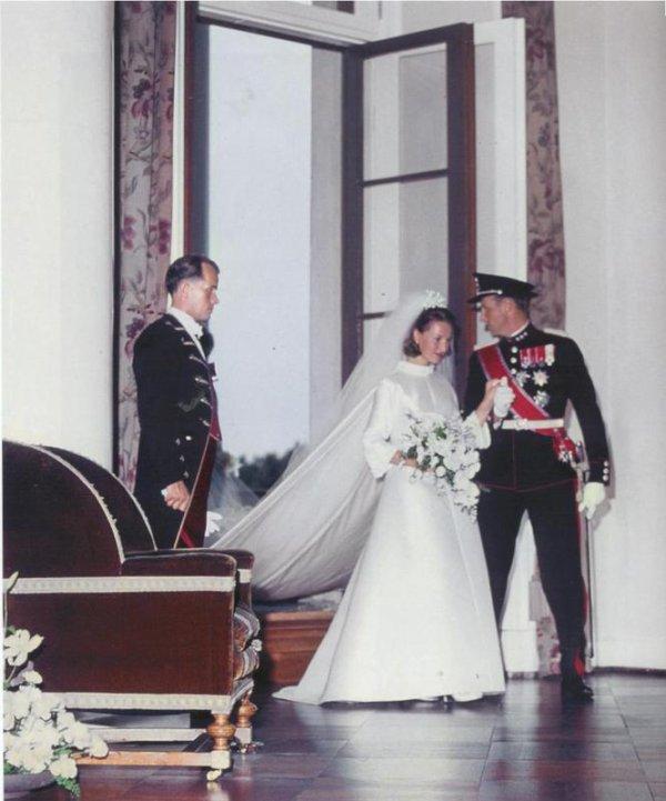 The Wedding Dress - Queen Sonja of Norway _ Suite