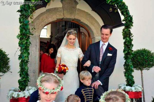 Royal Wedding Dress 2012 _ Wedding of Camilla Schenk von Stauffenberg