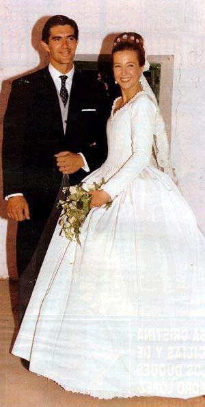 The  Wedding Dress -  Princess Christina of Bourbon-TwoSicilies