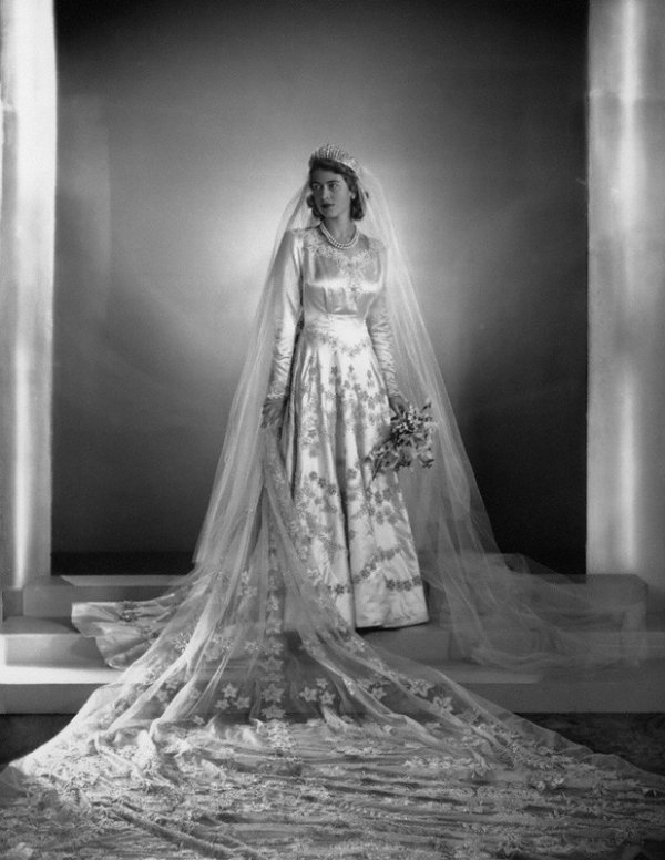 Wedding Dress Portrait of Princess Elizabeth of England