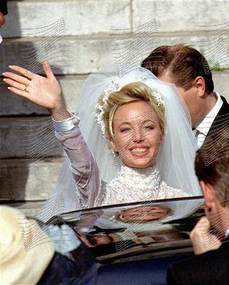 The Wedding Dress - Camilla Crociani _ Duchess  of Calabria