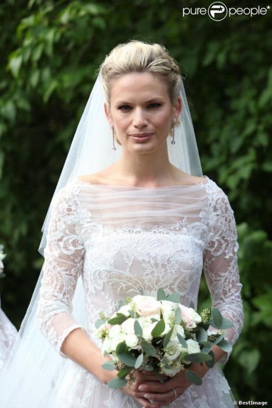 Royal Wedding Dress 2013 - Vicky Andren