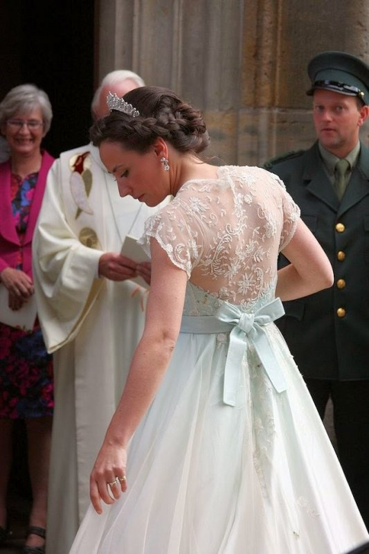 Royal Wedding Dress 2014 - Elisabeth Alexandra Lotgering