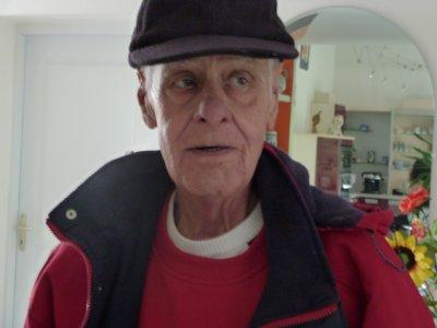 6 Janvier 2011 Papi repose en paix ! :'(    Et 6 Juin 2011 tatie repose en paix ! :'(