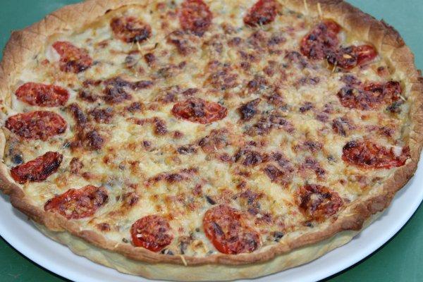 tarte aux fruits de mer,champignons , tomates cerise,estragon