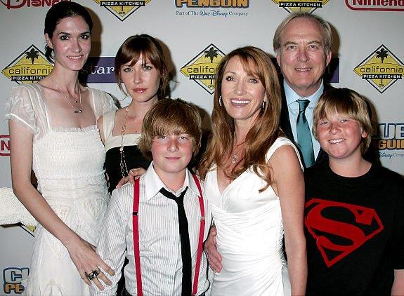 """Jane Seymour : """"Mes cinq petits-enfants m'aident à vieillir """""""