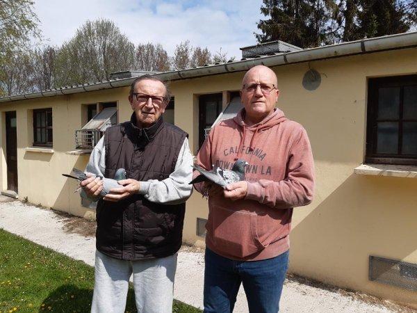 Un coup d'éclat, du Tandem Despinoy, pour ce premier concours de la saison du groupement d'Arras : avec les cinq premiers en vieux et les trois premiers en un ans