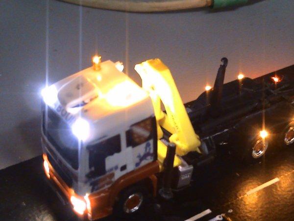 voici les 5 camions éclairer a mon ami patrick (kilométres-87)