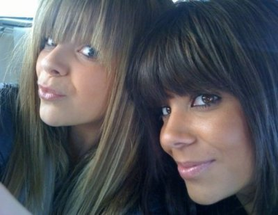 (l)Caroline Costa et sa soeur Lucie(l)
