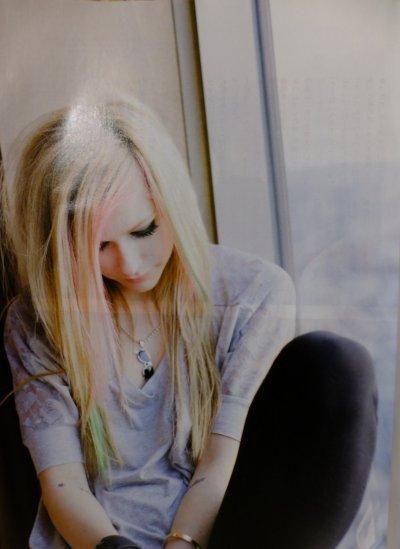Avril Lavigne   *  New's  *