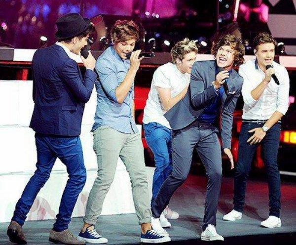 Les One Direction On Géré Au JO Le 12 Août 2012 Sur TF1
