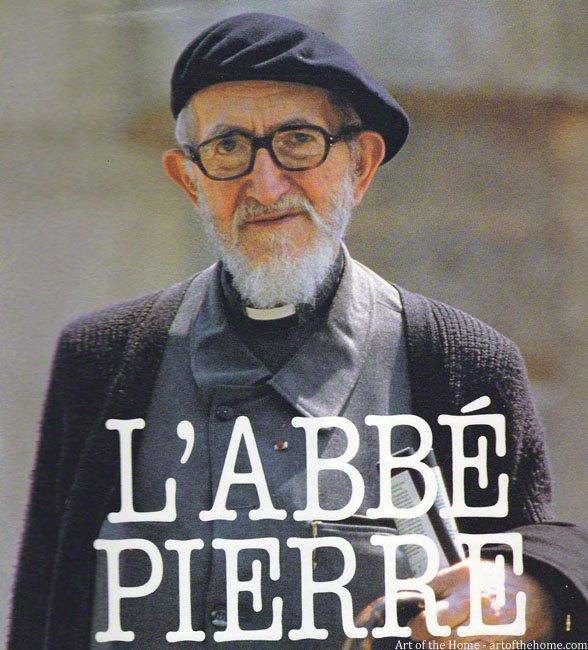 fondateur de l'emmaus nom:Henri Grouès