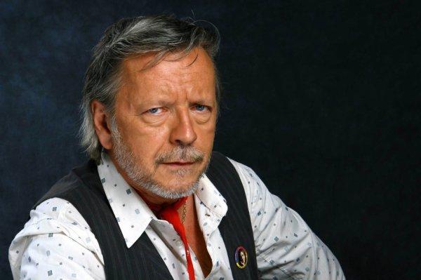 Renaud Séchan.