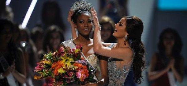 Miss Univers est angolaise, Laury Thilleman dans le Top 10