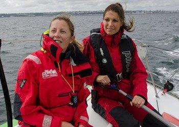 Laury Thilleman soutien Samantha Davies au Vendée Globe