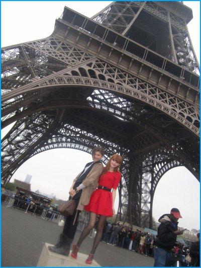 Zendaya et Bella Thorne à Paris le 23 mai 2012.
