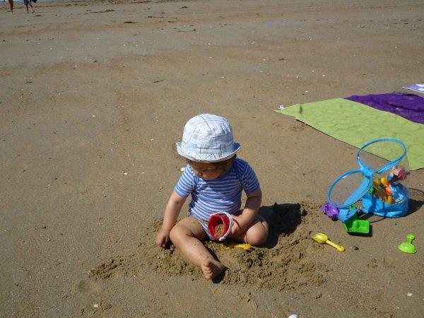 la découverte de la plage pour mon fils