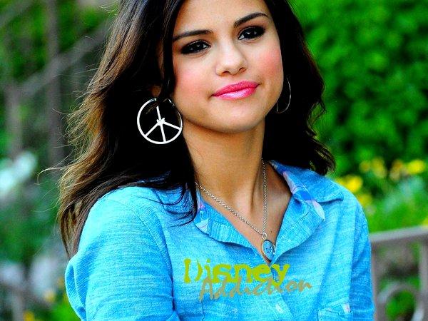 Pleins de projets de Selena!