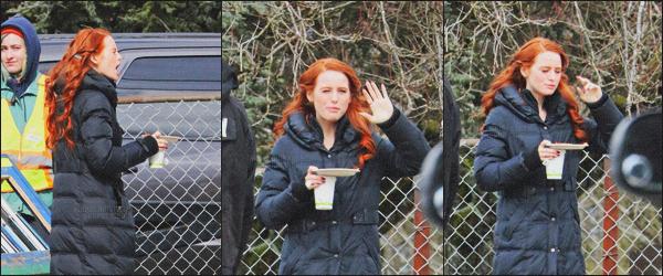 . 23.03.18 - Madelaine Petscha été photographiée sur leset de la saison 2 de Riverdale ''▬''àVancouver, au Canada ! Malheureusement il n'y a que trois petites photos de mauvaise qualité de Madelaine lors de cette sortie, la belle avait un peu faim, un bof. .