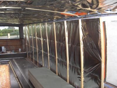 Pose de l 39 isolant multicouche camping car poids lourds for Pose isolant mince plafond garage