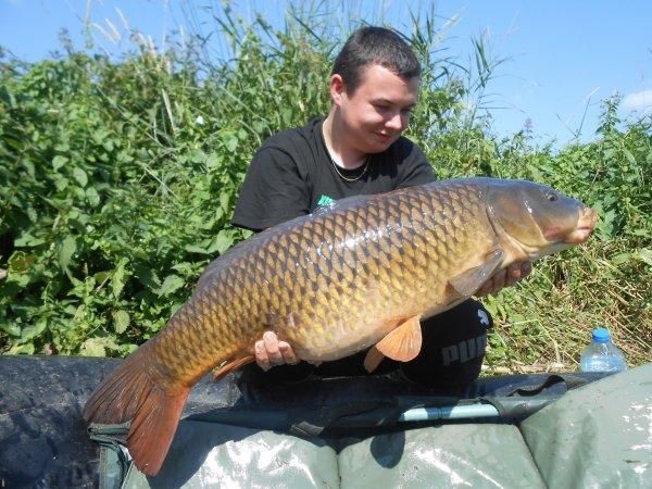 Session en rivière , 2 poissons pour Romain !!!