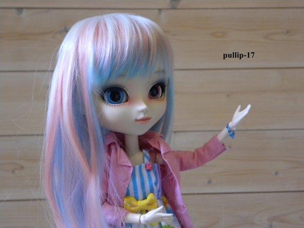 première séance photo de Zoélie avec sa nouvelle wig (suite)