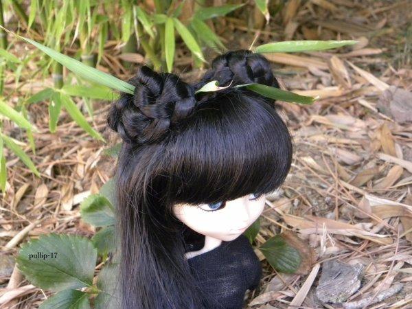 Séance de Kim au milieu des bambous.