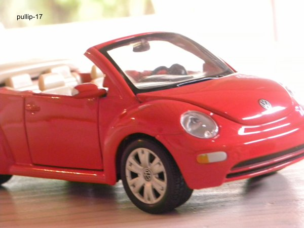 Abarth 500 et Volkswagen New Beetle
