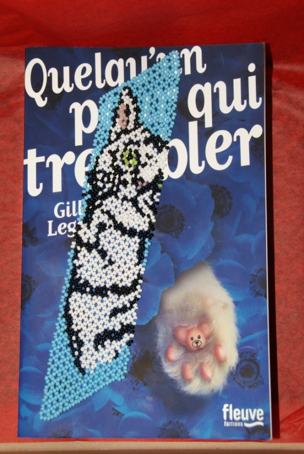 marque-page chat blanc