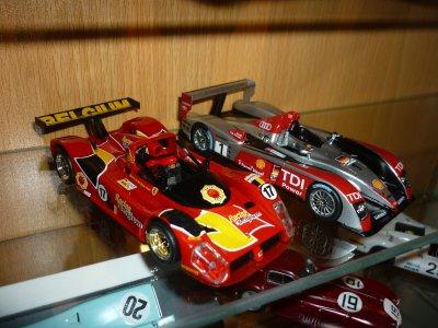 La Ferrari 333 se termine et la vitrine se remplit !!