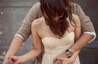 Tes mains sur ma taille.