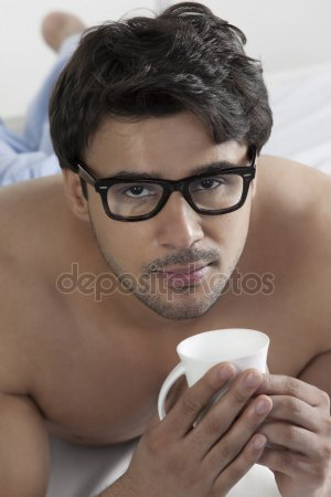 desoler mais lunettes sont encore cassee