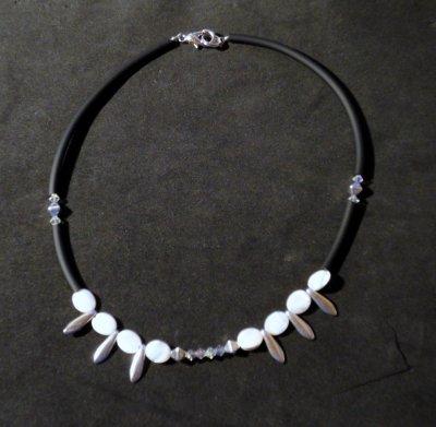 Collier Xian de puca