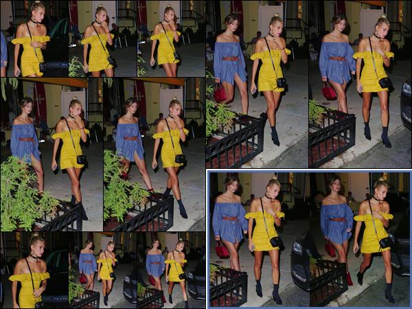 - -'19.07.17'-''─''Hailey Baldwin quittait un restaurant avec son amie Camila Morrone, dans la ville de New York ![/s#00000ize]Elle est enfin de retour après plusieurs jours d'absence sous l'objectif des photographes ! Je lui accorde un petite top pour la tenue portée cette soirée-là. -