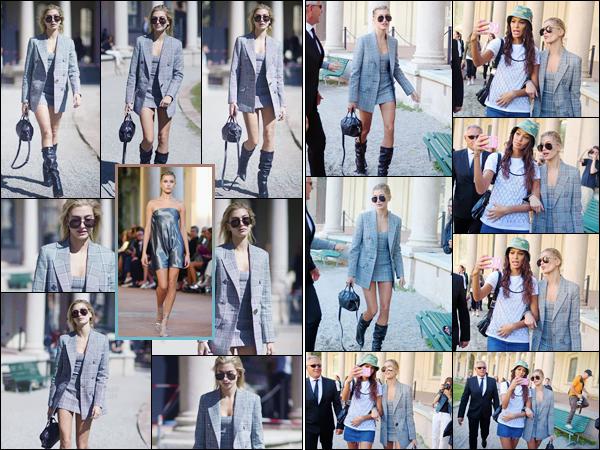 - '-20/09/17-'''✈''Hailey Baldwin défilait pour la créatrice « Alberta Ferretti » à la Fashion-Week 2018, de Milan. La Fashion-Week de Londres prenant fin hier, Hailey comme plusieurs autres mannequin s'est envolée pour Milan, où la semaine de la mode se poursuit !-