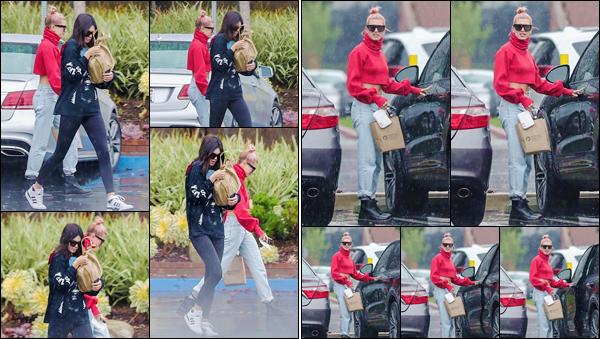 '- '-▬-08/01/18 -' : Hailey Baldwin quittait le bureau d'un avocat, avec son amie Kendall Jenner, à Santa Monica. Après l'after-party des Golden Globes, les deux jeunes mannequins on été revues ensemble pour une sortie dans la ville. Des avis sur cette petite sortie ?-