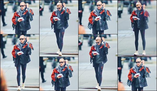 - ''•-14/05/18-' : Hailey Baldwin a été photographiée alors qu'elle marchait dans les rues de la ville de New York. De retour à New York, le soir même Hailey s'est rendue au restaurant, le « Milos Seafood » avec Leonardo DiCaprio puis Camila Morrone ! -